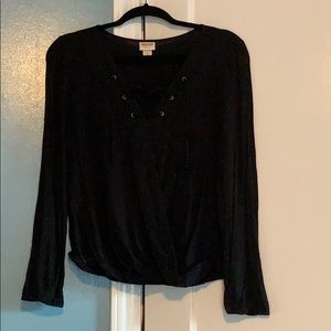 Mossimo Black long-sleeved top🖤